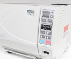 高圧蒸気滅菌器オートクレープ
